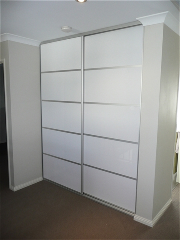 Collection flat pack wardrobes with sliding doors pictures for B q bedrooms sliding wardrobe doors