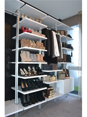 Open Wardrobe for Apartment Living